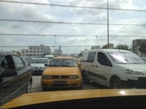 Stau im Zentrum von Tunis