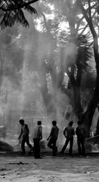 Indische Teerarbeiter in Ekantakuna. V