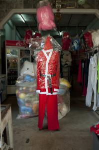 Laos_Weihnachten_Santa_claus_costume