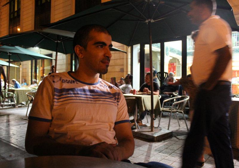 """Hichem Hamdaoui: """"Une partie de la population a des difficultés à condamner des actes violents commis au nom du projet islamique, le califat, en raison de l'aspect religieux dont se réclame ce projet."""""""