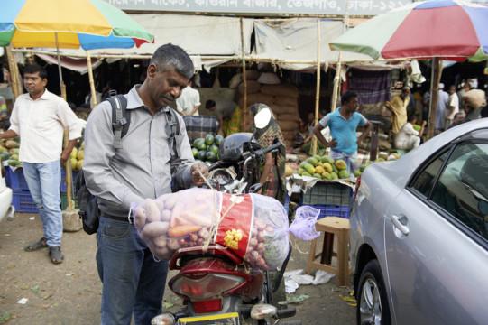 Amran und sein Einkauf