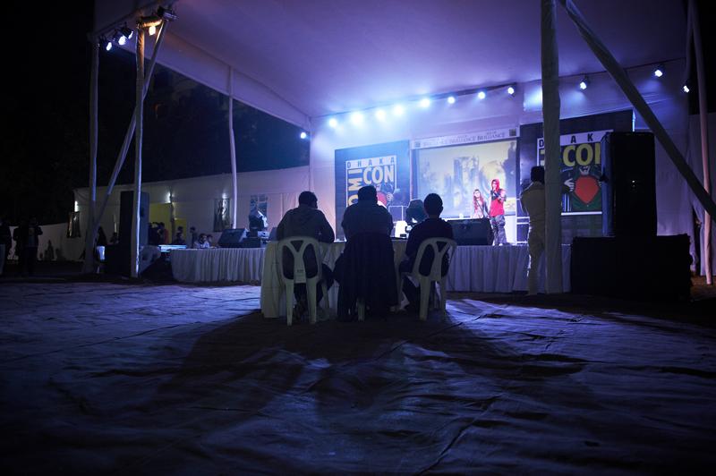 Die Bühne mit Juroren vor denen sich die Cosplayer beweisen müssen