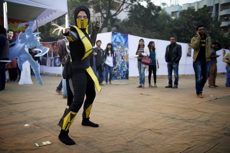 Scorpio von Mortal Kombat Eine coole Cosplayidee für Musliminnen, welche ihr Kopftuch aufbehalten möchten