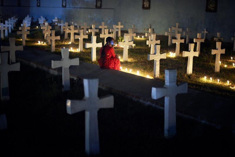 Ruhige Momente auf dem Friedhof der Rosary Church