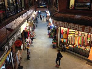 In der Madala Street in Thamel/Kathmandu herrscht fehlen die Touristen.