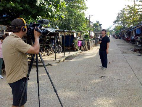 SRF-Korrespondent beim Dreh in Yangon