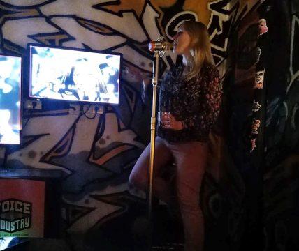 Karaoke Singen in Myanmar
